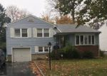 Foreclosed Home en NETHERWOOD AVE, Plainfield, NJ - 07062