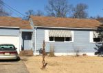 Foreclosed Home en F ST, Millville, NJ - 08332