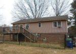 Foreclosed Home en MILLWHEEL RD, Pfafftown, NC - 27040