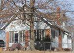 Foreclosed Home en E 54TH TER, Kansas City, MO - 64130