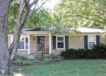 Foreclosed Home en JOHNSON SCHOOL RD, Louisville, KY - 40291