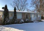 Foreclosed Home en E NORMANDY DR, Addison, IL - 60101