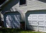 Foreclosed Home en GREELEYS LANDING RD, Dover Foxcroft, ME - 04426