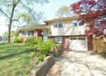 Foreclosed Home en KING GEORGE RD, Cherry Hill, NJ - 08034