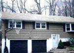 Foreclosed Home en STAR LAKE RD, Bloomingdale, NJ - 07403