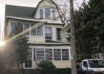 Foreclosed Home en N 19TH ST, East Orange, NJ - 07017