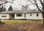 Foreclosed Home en WATKINS RD, Barberton, OH - 44203