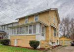Foreclosed Home en TRIPLETT BLVD, Akron, OH - 44312