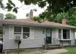 Foreclosed Home en IRVING AVE, Deer Park, NY - 11729