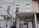 Foreclosed Home en STEGMAN ST, Jersey City, NJ - 07305