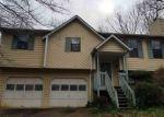 Foreclosed Home en OAK STONE DR, Douglasville, GA - 30135