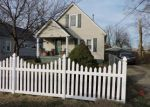 Foreclosed Home en BUBBLING OVER DR, Louisville, KY - 40216