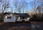 Foreclosed Home en SLEEPY HILL LN, Saylorsburg, PA - 18353