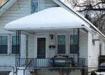 Foreclosed Home en W BERNHARD AVE, Hazel Park, MI - 48030