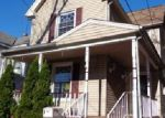 Foreclosed Home en W 3RD AVE, Roselle, NJ - 07203