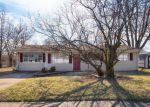Foreclosed Home en FLICKER DR, Florissant, MO - 63031