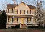 Foreclosed Home en WRENN FORREST DR, Petersburg, VA - 23803