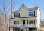 Foreclosed Home en GREEN CREEK RD, Schuyler, VA - 22969
