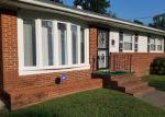 Foreclosed Home en LYNNHAVEN DR, Hampton, VA - 23666