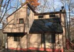 Foreclosed Home en HARVARD CT, Bushkill, PA - 18324