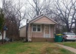 Foreclosed Home en ADRIAN DR, Saint Louis, MO - 63137