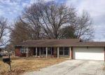 Foreclosed Home en RIVIERA CT, Lake Saint Louis, MO - 63367