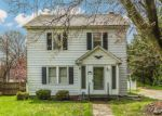 Foreclosed Home en W IRVIN AVE, Hagerstown, MD - 21742