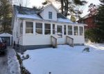 Foreclosed Home en OAK ST, Springvale, ME - 04083