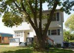 Foreclosed Home en SE 7TH ST, Des Moines, IA - 50315