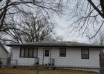 Foreclosed Home en E 36TH CT, Des Moines, IA - 50317