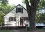Foreclosed Home en W HIGH ST, Edwardsville, IL - 62025