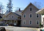 Foreclosed Home en SCHOOL ST, Putnam, CT - 06260