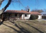 Foreclosed Home en MOORE RD, Coatesville, PA - 19320