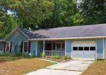 Foreclosed Home en RAINTREE CIR, Jacksonville, NC - 28540