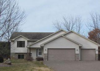 Casa en ejecución hipotecaria in Mille Lacs Condado, MN ID: F1103225