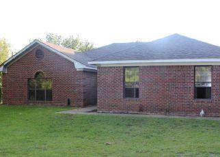 Casa en ejecución hipotecaria in Lee Condado, MS ID: F1123092