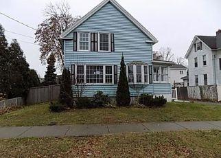 Casa en ejecución hipotecaria in Chicopee, MA, 01013,  FAIRVIEW AVE ID: F1433689