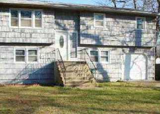 Casa en ejecución hipotecaria in Suffolk Condado, NY ID: F1497332