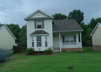 Casa en ejecución hipotecaria in Robertson Condado, TN ID: F1780227