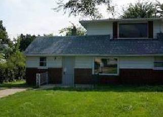Casa en ejecución hipotecaria in Aurora, IL, 60505,  S UNION ST ID: F1816856