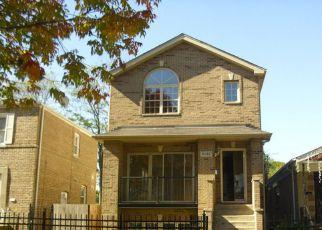 Casa en ejecución hipotecaria in Chicago, IL, 60619,  S CALUMET AVE ID: F1866844