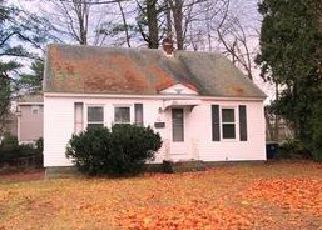 Casa en ejecución hipotecaria in Leominster, MA, 01453,  SYLVAN AVE ID: F1867750