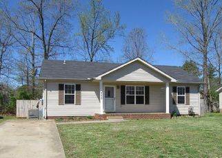 Foreclosure Home in Clarksville, TN, 37042,  LAFAYETTE POINT CIR ID: F1923375