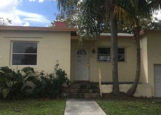 Casa en ejecución hipotecaria in North Miami Beach, FL, 33162,  NE 165TH ST ID: F2302220