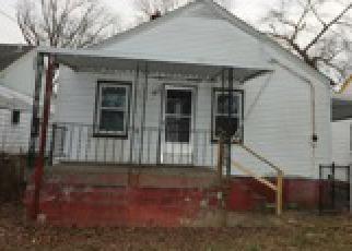Casa en ejecución hipotecaria in Louisville, KY, 40212,  N 45TH ST ID: F2827609