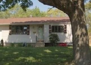Casa en ejecución hipotecaria in Central Islip, NY, 11722,  Gibbs Rd ID: F2830000