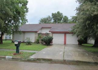 Casa en ejecución hipotecaria in Houston, TX, 77015,  S THORNTREE DR ID: F2919157