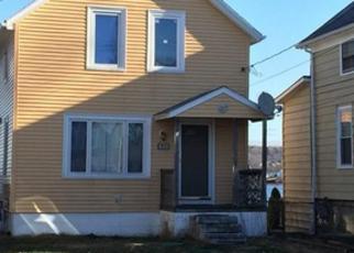 Casa en ejecución hipotecaria in Newport Condado, RI ID: F2995311