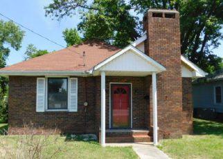 Casa en ejecución hipotecaria in Saline Condado, IL ID: F3107160