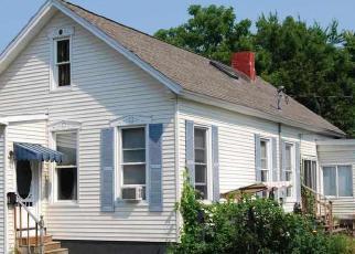 Casa en ejecución hipotecaria in Troy, NY, 12182,  113TH ST ID: F3172365